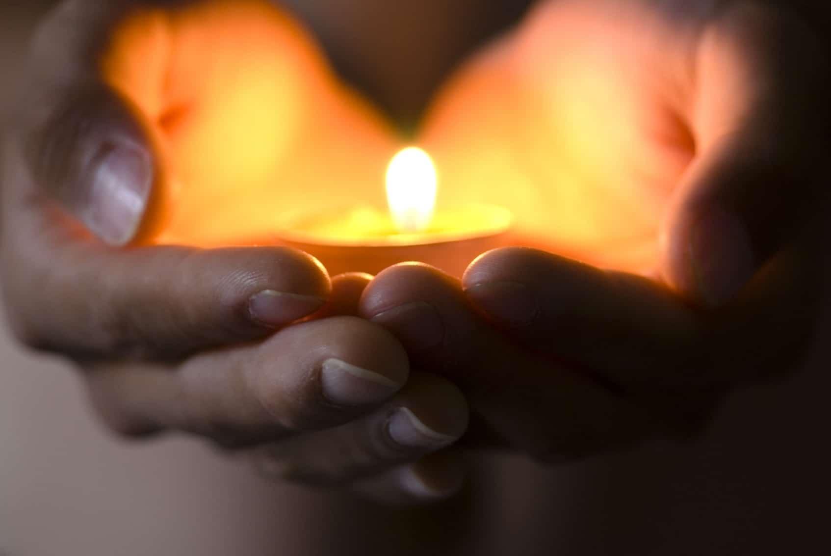 накладывают свет в сердце фото требуемой длины